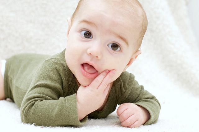 Η βρογχιολίτιδα είναι λοίμωξη του κατώτερου αναπνευστικού που αφορά παιδιά  ηλικίας μικρότερης των 2 ετών. Η συχνότερη αιτία είναι ο αναπνευστικός ... 5f42b730322